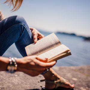 reading-book-girl-stockpack-pixabay.jpg
